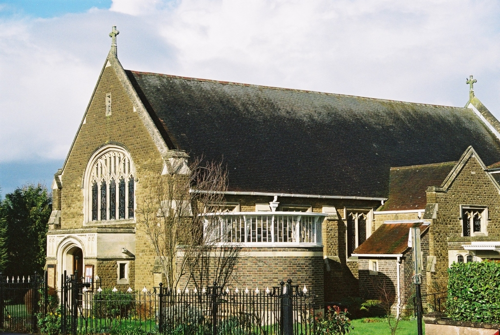 Leatherhead-OurLadyStPeter-fromSW-02